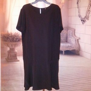 NWT Mossimo Dress size xxl. Measurements shown in